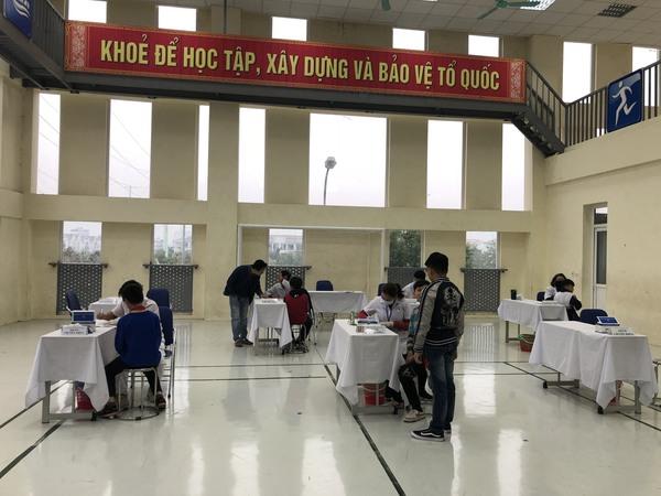 Trường THCS Xuân Phương tổ chức kiểm  tra sức khỏe định kì cho học sinh